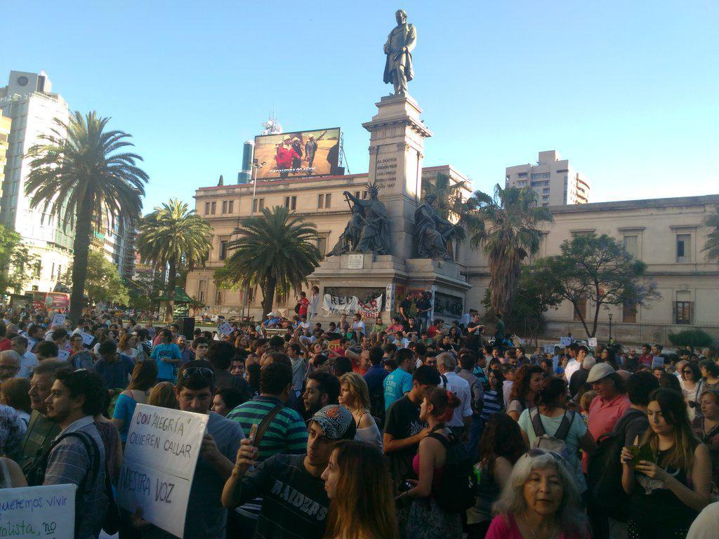 Manifestación en la ex Plaza Velez Sarsfield 14 DICIEMBRE 2015  5